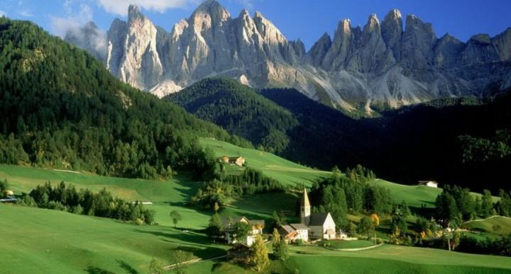 10 destinații din România pentru o mini vacanță