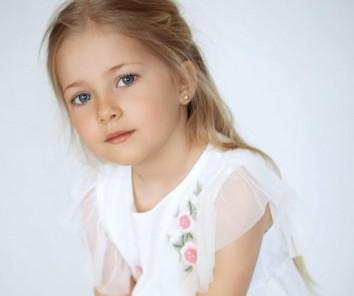 Компания Little Modelling School